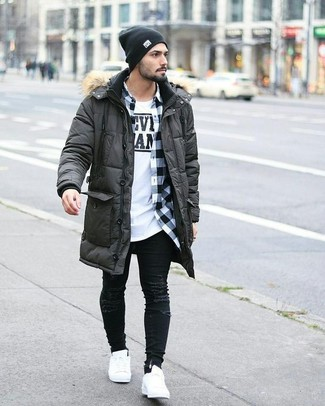 How to wear: charcoal parka, white and black gingham long sleeve shirt, white and black print crew-neck t-shirt, black ripped skinny jeans
