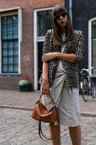 How to wear: tobacco leather crossbody bag, grey pencil skirt, grey crew-neck t-shirt, beige leopard blazer