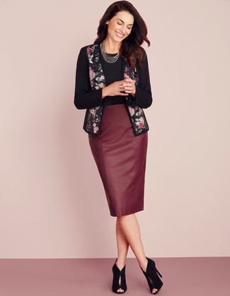 How to wear: black cutout suede ankle boots, burgundy leather pencil skirt, black crew-neck t-shirt, black floral open jacket