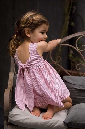 How to Wear Pink Dress For Girls: Create an enviable style for your little angel by dressing her in pink dress.