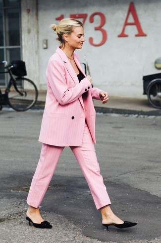 How to Wear a Pink Double Breasted Blazer For Women: This pairing of a pink double breasted blazer and pink dress pants is extremely easy to pull together without a second thought, helping you look awesome and prepared for anything without spending a ton of time rummaging through your wardrobe. If you're hesitant about how to finish, a pair of black suede mules is a fail-safe option.