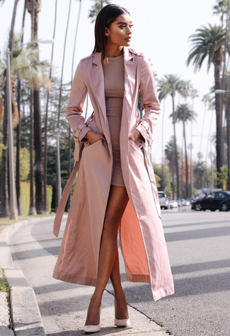How to Wear a Trenchcoat For Women: Consider pairing a trenchcoat with a pink bodycon dress to create a totaly stylish ensemble. Complete your look with pink leather pumps to tie your full ensemble together.