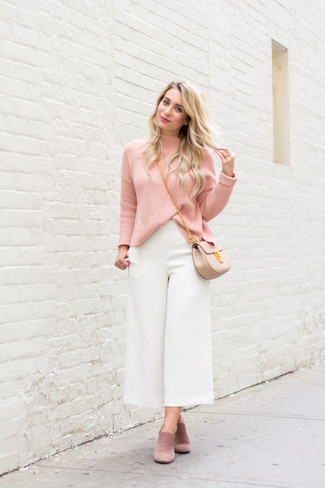 How to wear: beige leather crossbody bag, pink suede mules, white culottes, pink turtleneck