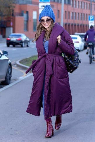 Look stylish yet practical in a purple padded coat and sunglasses. Red leather ankle boots will bring a classic aesthetic to the ensemble. Naturally, a look like this will keep you warm and stylish throughout the season.