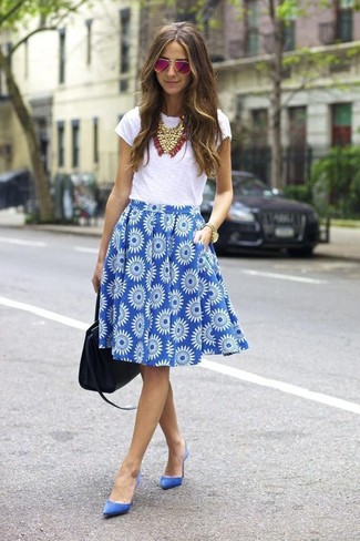 How to wear: black leather tote bag, blue suede pumps, blue floral full skirt, white crew-neck t-shirt