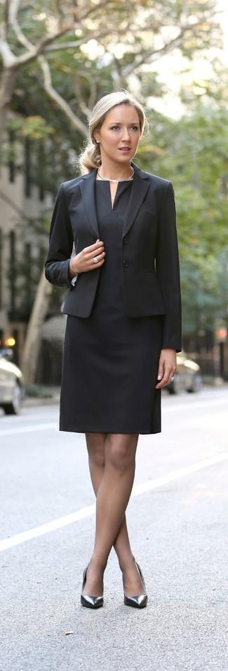 How to wear: silver necklace, silver leather pumps, black sheath dress, black blazer