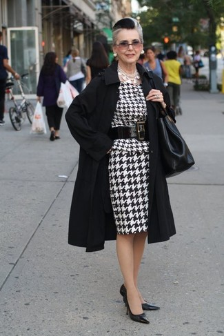 How to Wear Black Leather Pumps: For a casually elegant look, consider pairing a black trenchcoat with a white and black houndstooth sheath dress — these two pieces play really great together. Black leather pumps look stunning complementing this outfit.