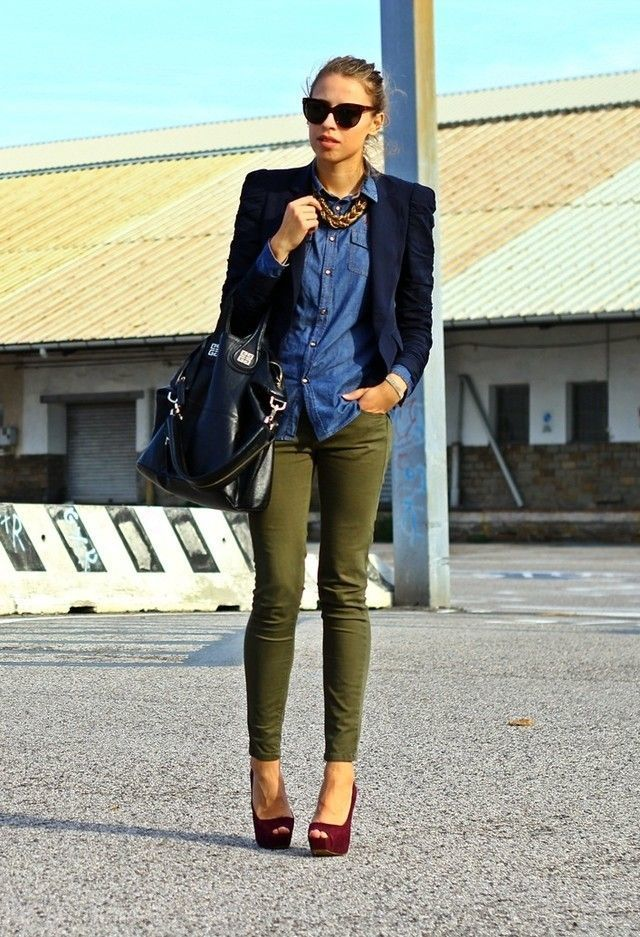 a9cdf2019f How To Wear Olive Skinny Jeans With Burgundy Pumps (4 looks ...