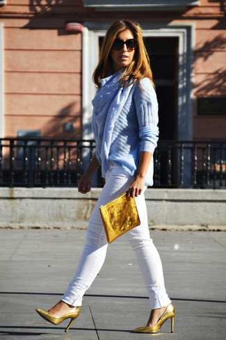 How to wear: gold leather clutch, gold leather pumps, white skinny jeans, light blue cable sweater