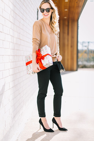 How to wear: black leather crossbody bag, black suede pumps, black skinny pants, tan v-neck sweater