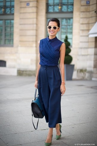 How to wear: teal leather satchel bag, green suede pumps, navy wide leg pants, navy short sleeve blouse
