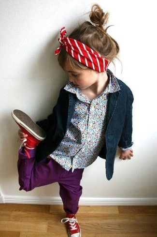 How to wear: red sneakers, purple jeans, light blue long sleeve shirt, navy blazer
