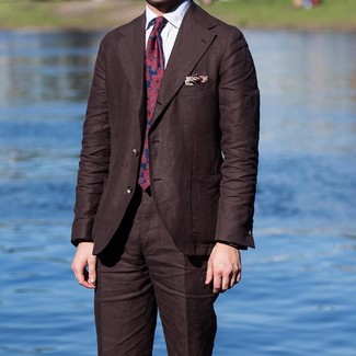 How to Wear a Beige Print Pocket Square: This casual combination of a dark brown suit and a beige print pocket square is a life saver when you need to look cool and casual in a flash.