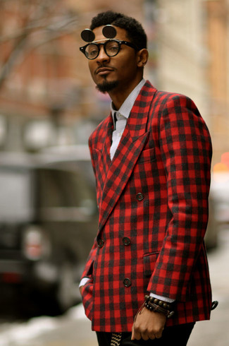 A red gingham sportcoat and a white and black gingham long sleeve shirt work together harmoniously. One actually can to look fresh and breezy under the summer heat, and this look is a vivid example of just that.