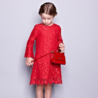 How to wear: red lace dress, red bag