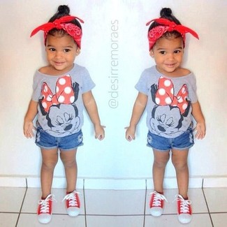 How to Wear Red Sneakers For Girls: Opt for your little one's comfort with this combo of a grey t-shirt and blue denim shorts. Complete this style with red sneakers.
