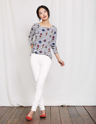 How to wear: red suede ballerina shoes, white skinny jeans, white and navy horizontal striped long sleeve t-shirt