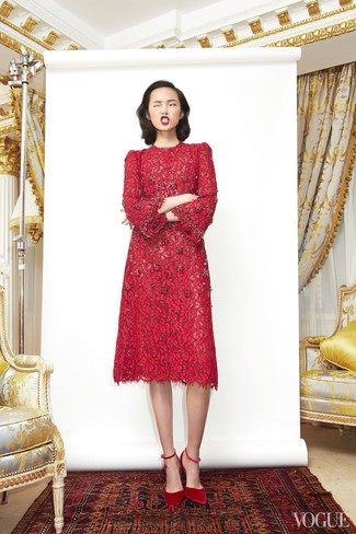 How to wear: red suede pumps, red lace midi dress