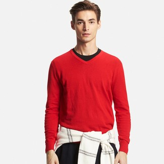 How to wear: red v-neck sweater, black crew-neck t-shirt, black chinos