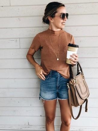 How to wear: dark brown sunglasses, brown leather satchel bag, blue denim shorts, tobacco sleeveless turtleneck