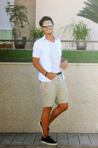 How to wear: white short sleeve shirt, white crew-neck t-shirt, tan shorts, black canvas low top sneakers