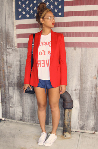 How to wear: white canvas low top sneakers, blue shorts, white and red print crew-neck t-shirt, red blazer
