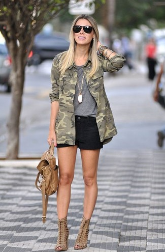 How to wear: tan cutout leather ankle boots, black denim shorts, grey crew-neck t-shirt, olive camouflage military jacket