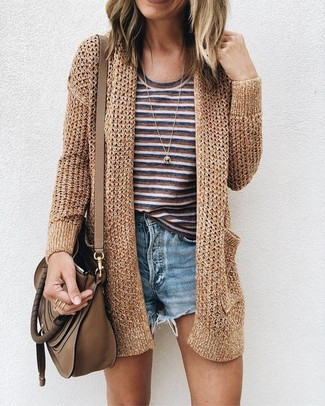 How to Wear a Brown Leather Crossbody Bag: A gold knit open cardigan and a brown leather crossbody bag paired together are such a dreamy outfit for those who love off-duty ensembles.