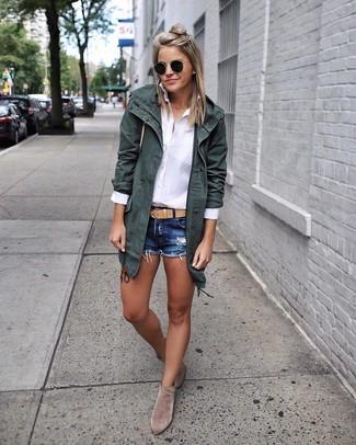 How to wear: grey suede ankle boots, navy denim shorts, white dress shirt, dark green cotton parka