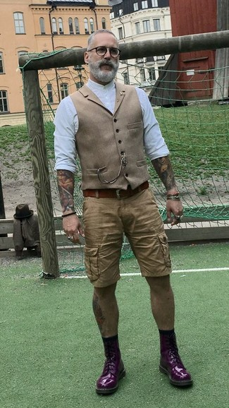 How to Wear Dark Purple Leather Casual Boots For Men: This classy pairing of a tan wool waistcoat and tan shorts is a favored choice among the dapper gentlemen. Complete this outfit with a pair of dark purple leather casual boots to inject a sense of stylish nonchalance into this outfit.