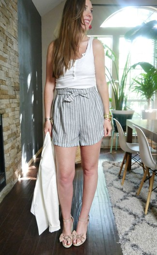 How to wear: beige leather wedge sandals, grey vertical striped shorts, white tank, white blazer