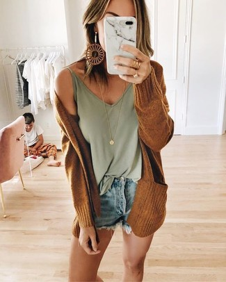 How to wear: gold pendant, light blue denim shorts, mint tank, tobacco open cardigan