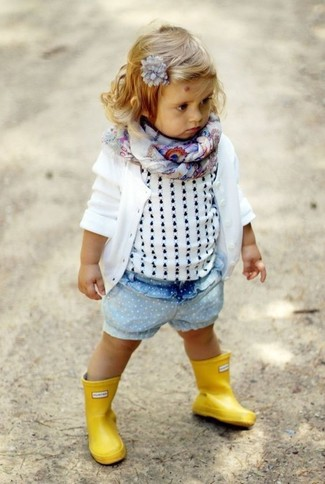 How to wear: yellow rain boots, light blue denim shorts, white tank top, white cardigan