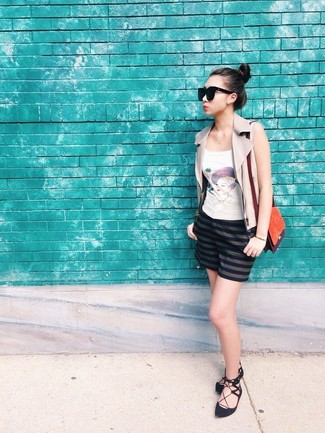 How to wear: black suede ballerina shoes, navy horizontal striped shorts, white print tank, beige leather vest