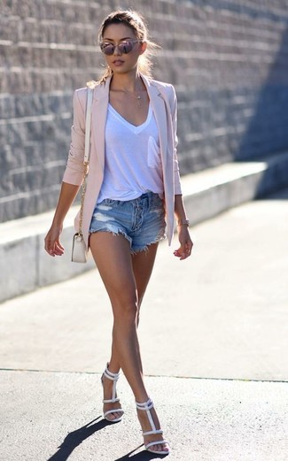 How to wear: white leather heeled sandals, blue ripped denim shorts, white v-neck t-shirt, pink blazer