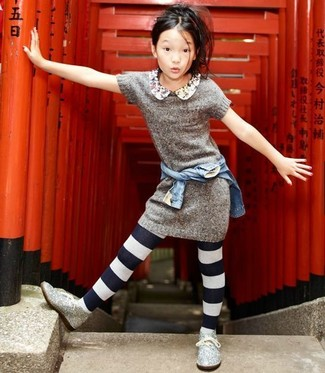 Girls' Looks & Outfits: What To Wear In 2020: A light blue denim jacket and grey knit dress feel perfectly suited for all kinds of activities with your darling. As for footwear your little girl will love silver sequin desert boots for this getup.