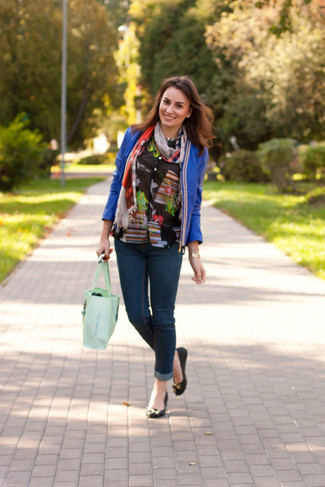 How to wear: black leather ballerina shoes, navy skinny jeans, black floral button down blouse, blue leather open jacket