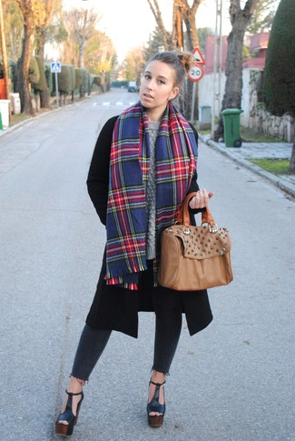 How to wear: black chunky leather heeled sandals, charcoal skinny jeans, grey cable sweater, black coat