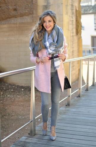 How to wear: grey suede pumps, grey skinny jeans, grey crew-neck sweater, pink coat