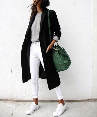 How to wear: white low top sneakers, white skinny jeans, grey crew-neck sweater, black coat