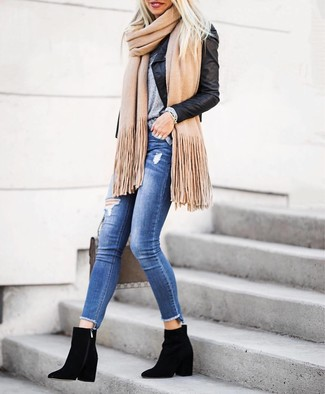 How to Wear a Tan Scarf In Warm Weather For Women: You're looking at the hard proof that a black leather biker jacket and a tan scarf look amazing when teamed together in a casual look. Serve a little outfit-mixing magic by sporting a pair of black suede ankle boots.