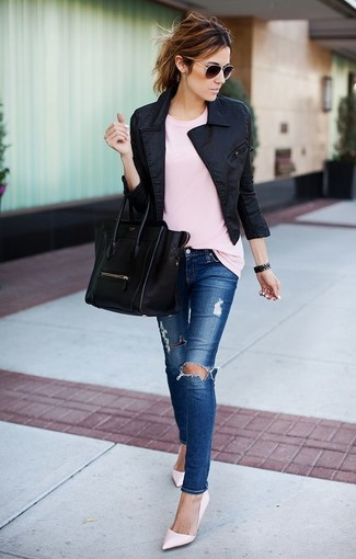 How to wear: pink leather pumps, blue ripped skinny jeans, pink crew-neck t-shirt, black biker jacket