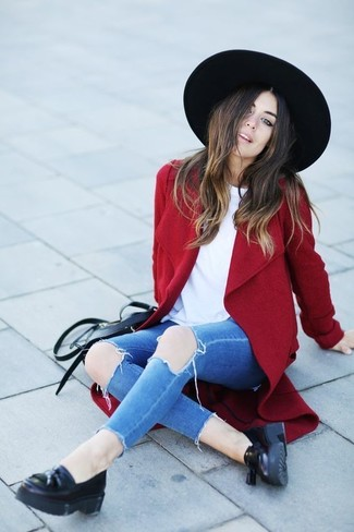 How to wear: black leather tassel loafers, blue ripped skinny jeans, white crew-neck t-shirt, red coat