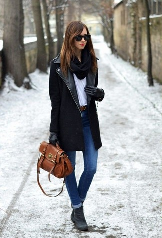 round toe ankle boots