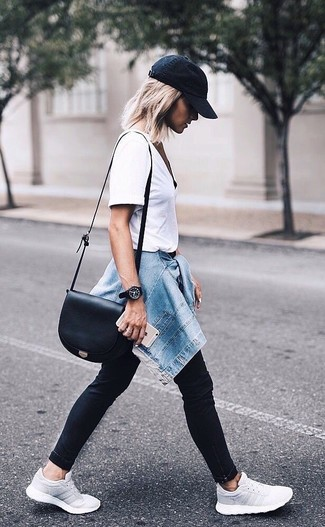 How to wear: grey athletic shoes, black skinny jeans, white crew-neck t-shirt, blue denim jacket