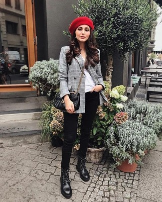 How to wear: black leather lace-up flat boots, black skinny jeans, white crew-neck t-shirt, grey plaid double breasted blazer