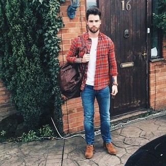 How to wear: brown suede chelsea boots, blue skinny jeans, white crew-neck t-shirt, red plaid long sleeve shirt