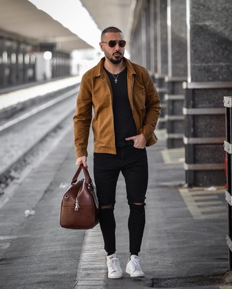 How to wear: white leather low top sneakers, black ripped skinny jeans, black crew-neck t-shirt, brown shirt jacket