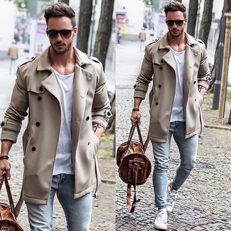 Men's White Low Top Sneakers, Light Blue Skinny Jeans, White Crew-neck T-shirt, Beige Trenchcoat