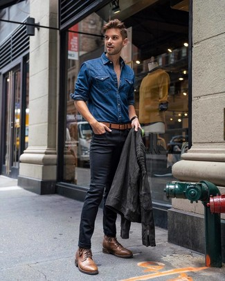 How to wear: brown leather casual boots, black skinny jeans, blue denim shirt, charcoal suede biker jacket